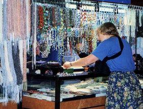 shopping_jewels2.jpg